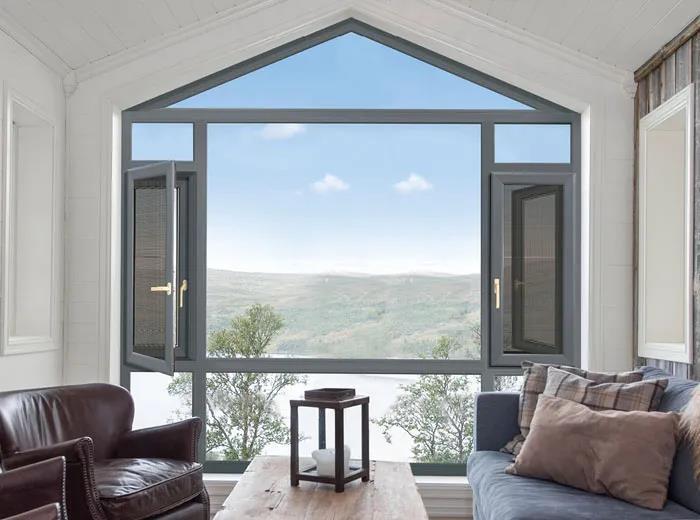 封阳台选平开窗、推拉窗还是内开内倒窗好?