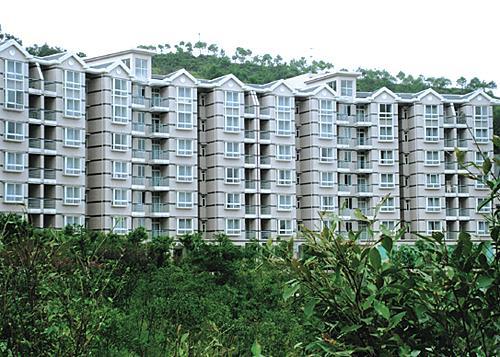 海兰云天公寓酒店