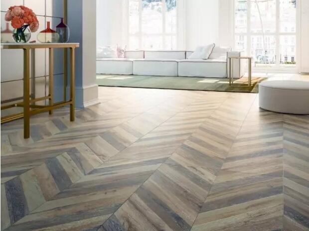 送给正在纠结买木纹砖还是木地板的每一位业主朋友