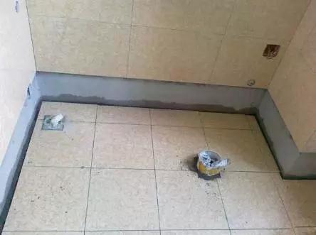 瓷磚小貼士 | 為什么衛生間瓷磚盡量要鋪墻壓地?