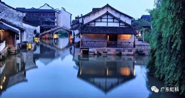 小青瓦传承中华传统文化之美