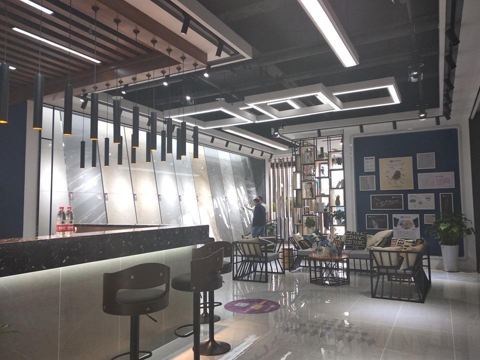 威廉顿陶瓷郑州店 (4)